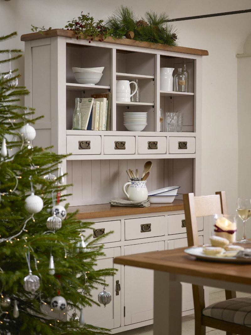 Using the Kemble dresser for extra space at Christmas