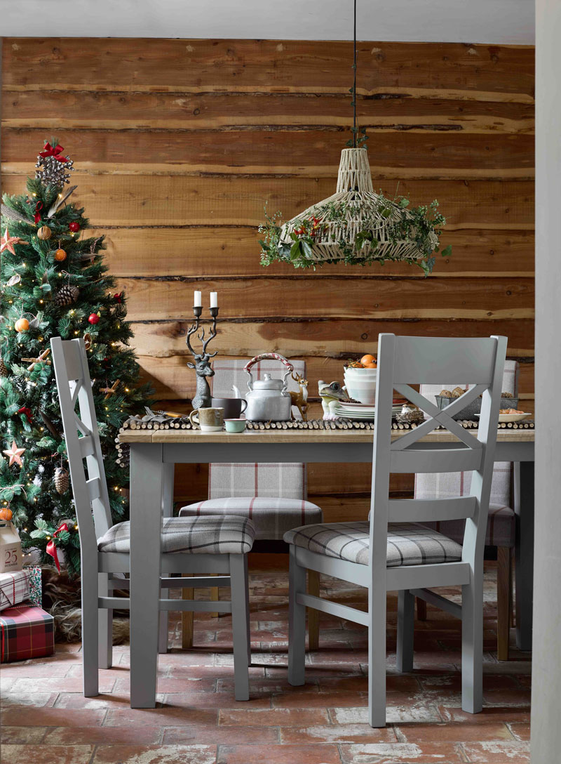 St Ives Dining Table, Christmas Tree & Decorations