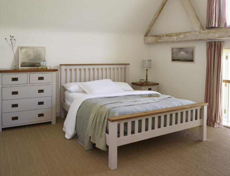 Kemble painted oak bedroom