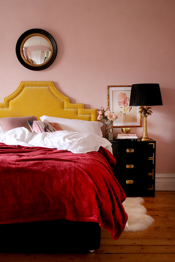 Swoon Worthy bedroom in pink and red