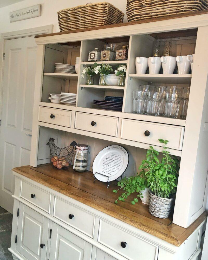 Shay large dresser