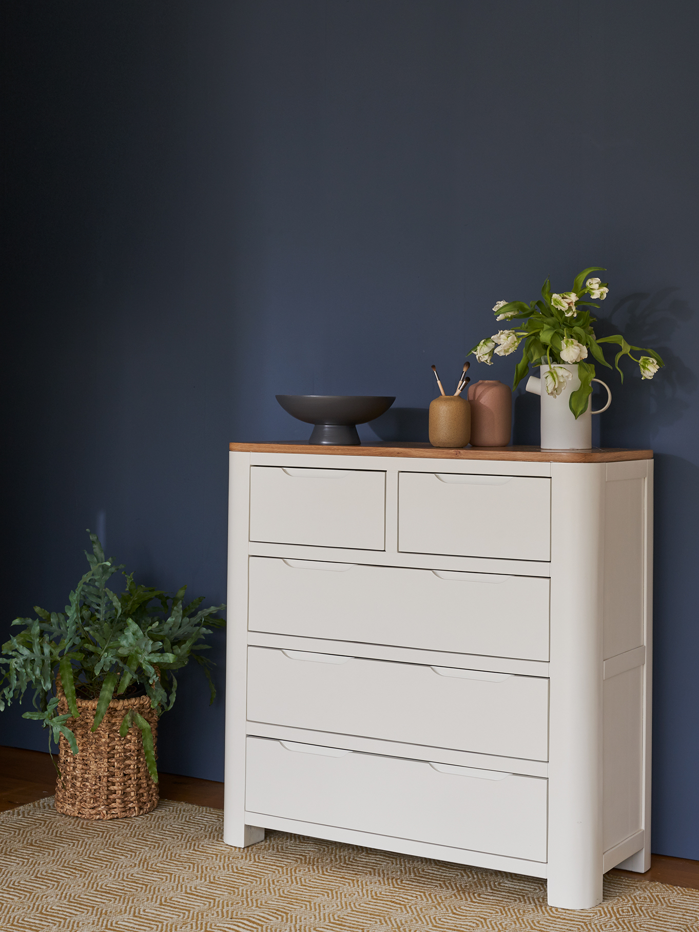Hove white painted chest of drawers