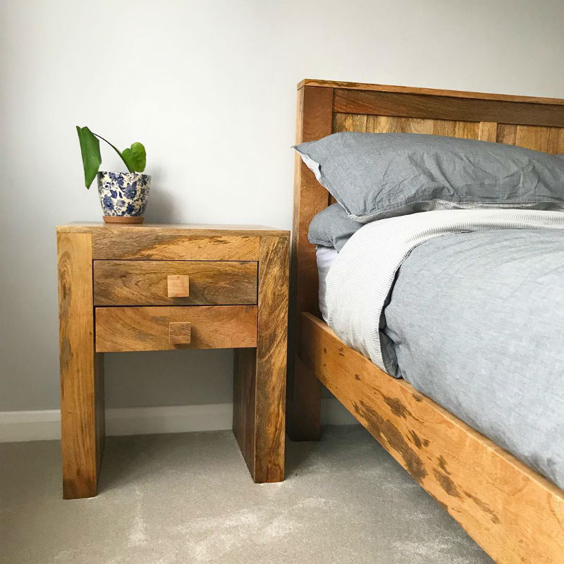 mango oak bed with matching bedside table