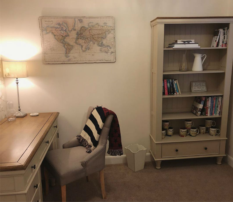 matching white painted office desk and bookcase