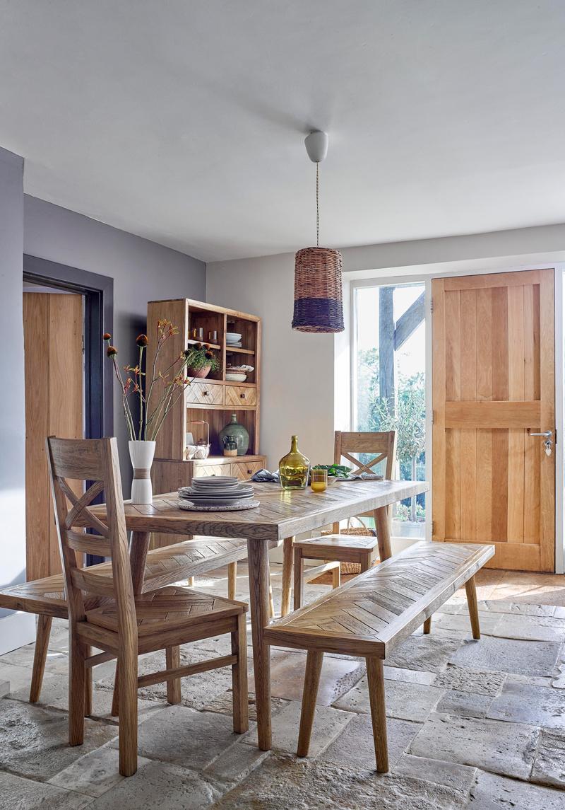 Retro parquet dining set in open plan kitchen