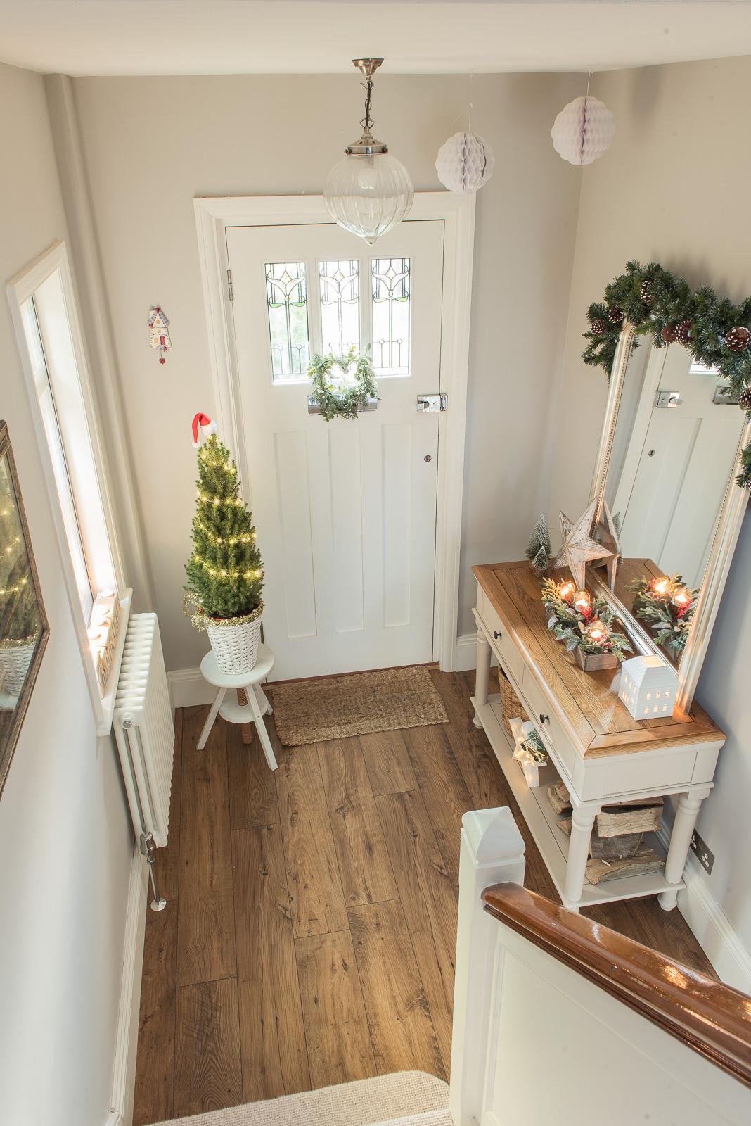 Festive hallway style