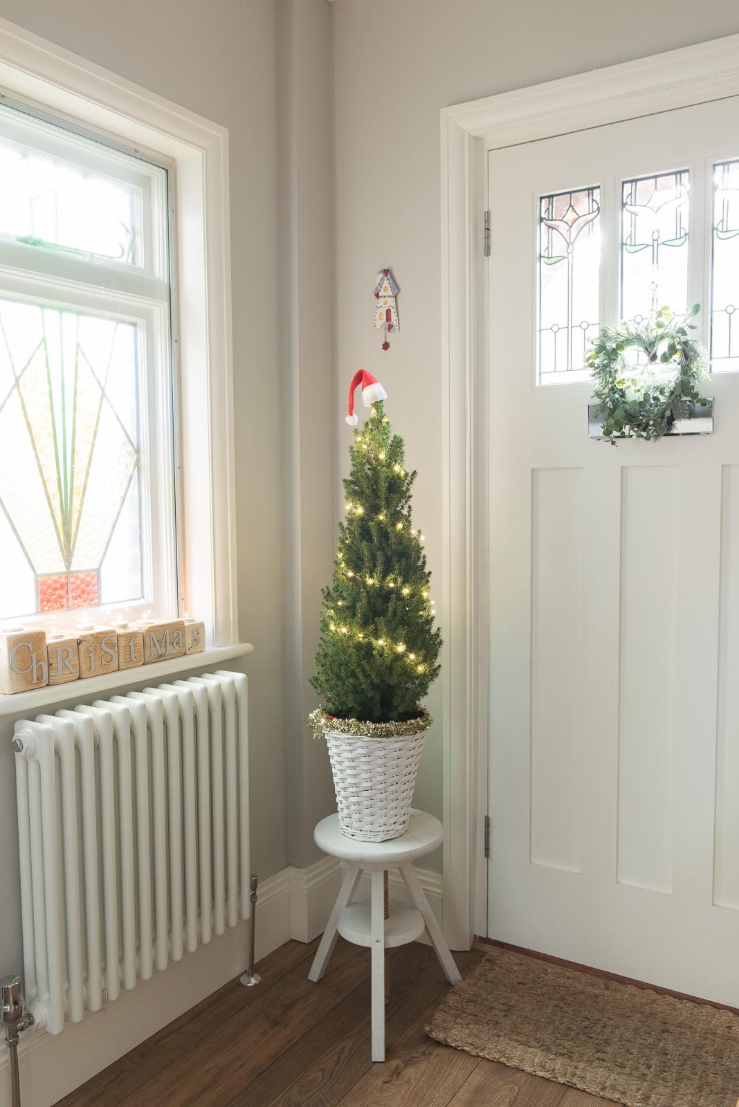 Mini hallway Christmas tree