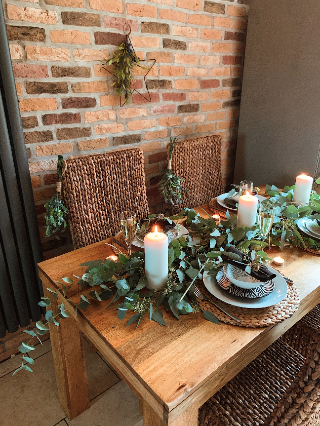 How to style your dining table at Christmas with My Inspired Haus
