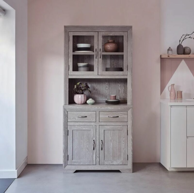 Willow dresser