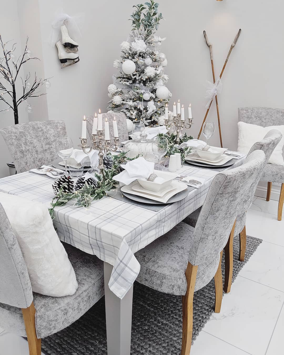 How to create a festive dining table with Samantha Roobottom