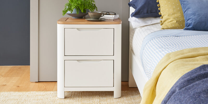 Hove bedside table