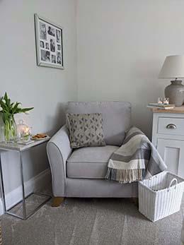 Jasmine armchair 1