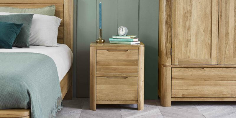 Romsey bedside table