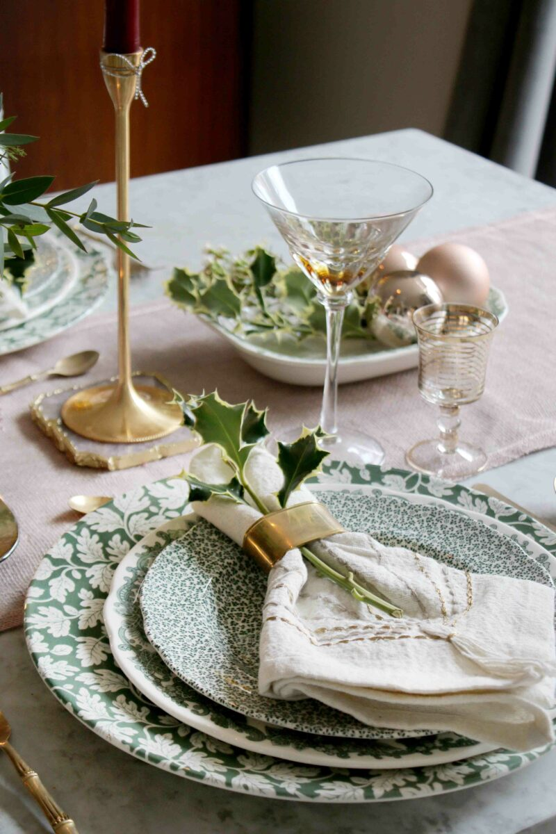 Christmas Dining Table Mix and Match Plates