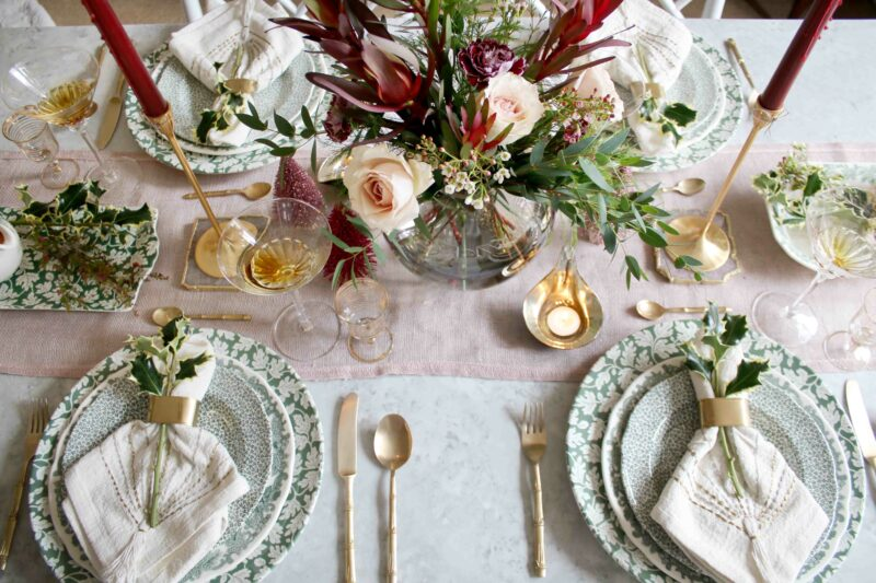 Christmas Dining Table Swoon Worthy 1