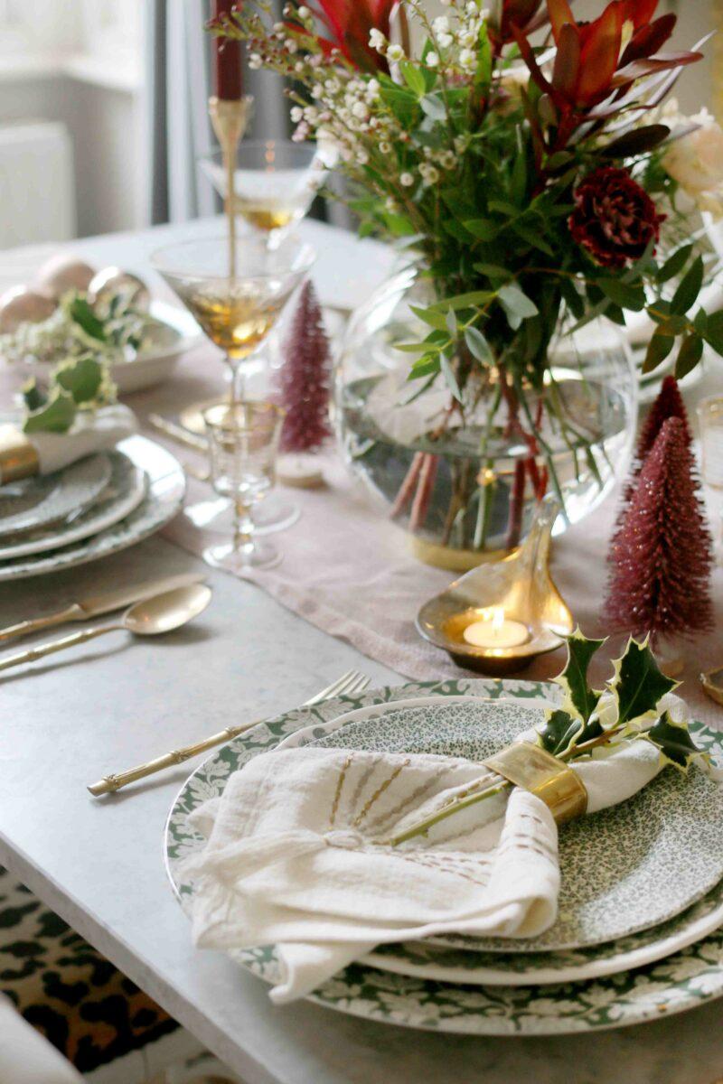 Christmas Dinner Table festive napkins