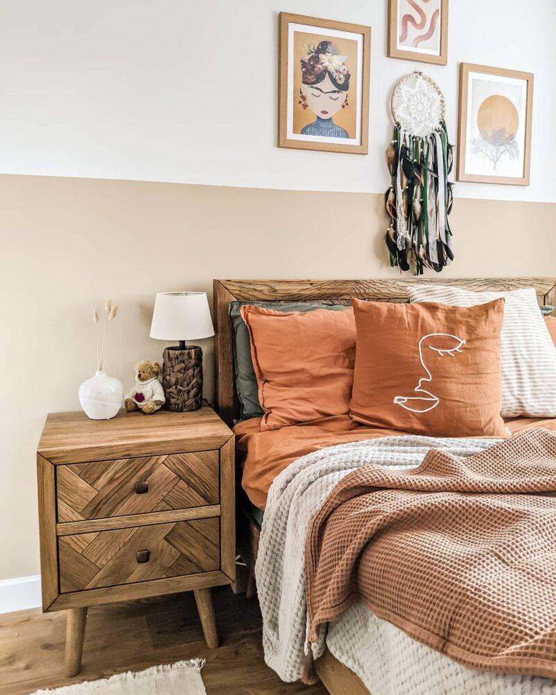 Bright Earth tone bedroom