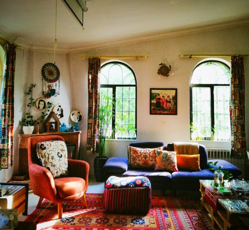 Maximalism trend living room