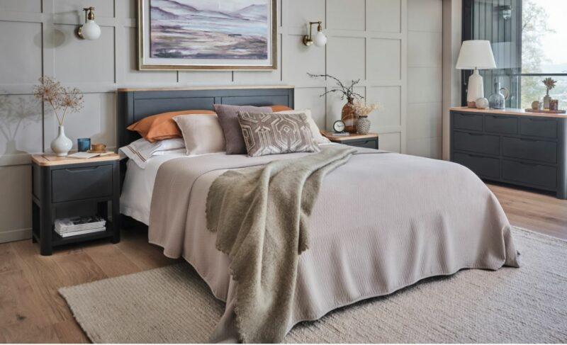 Grove bedroom