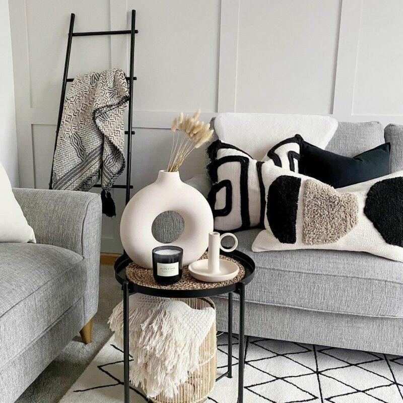 Jensen sofa, neutral textured interior