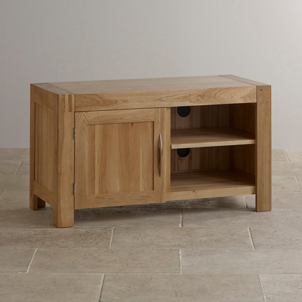 Alto tv dvd cabinet in natural solid oak oak furniture for Oak furniture land