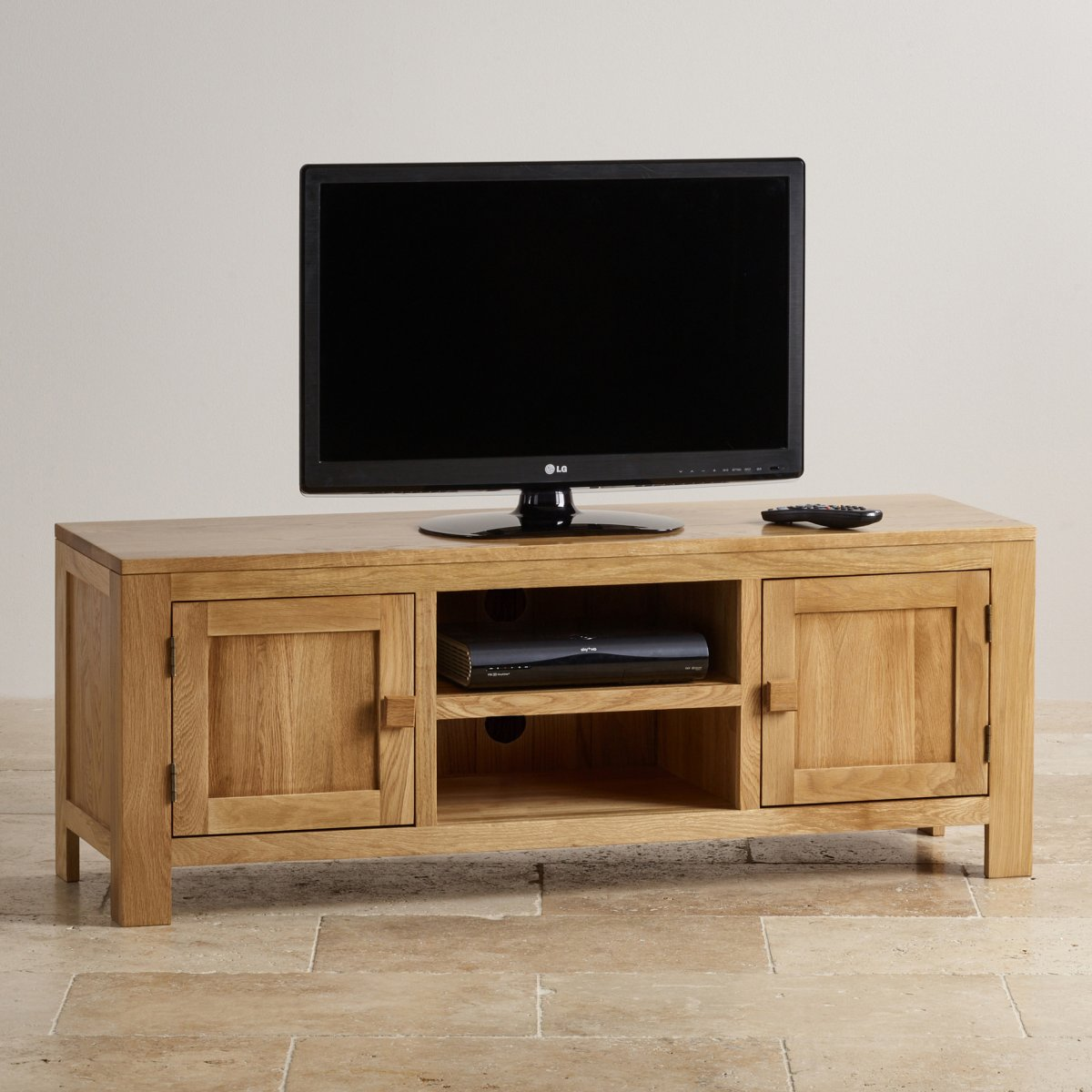 oakdale large tv unit in natural solid oak oak furniture. Black Bedroom Furniture Sets. Home Design Ideas