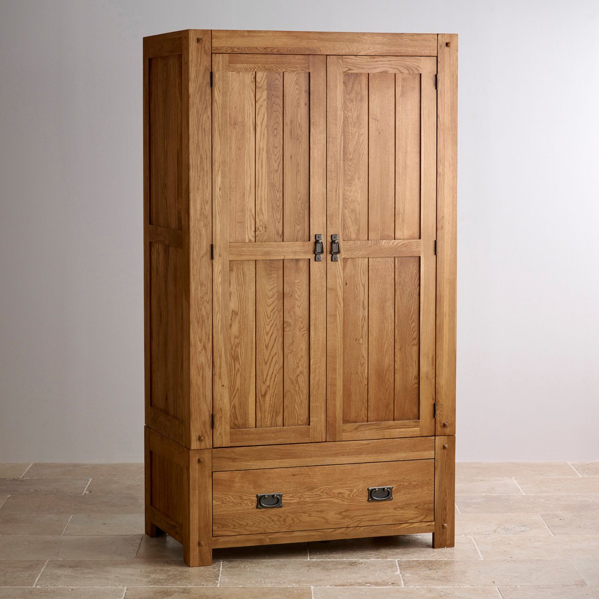 Quercus double wardrobe in rustic solid oak oak for Oak furniture land