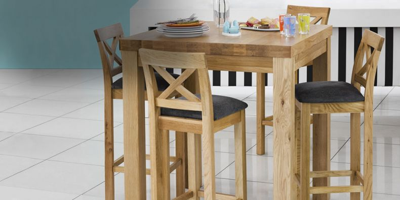 Breakfast Bar Table and Stools